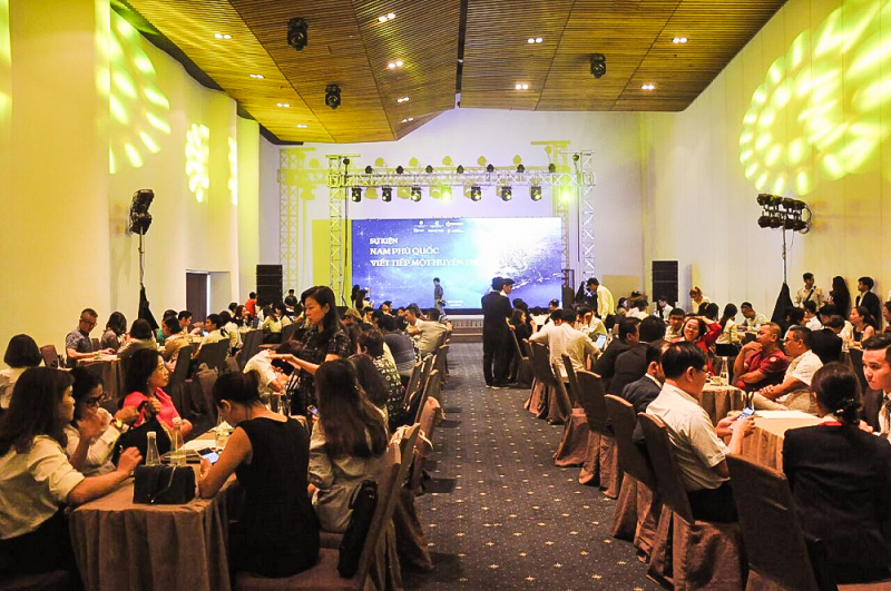 Event diễn ra trong không gian sang trong của Tòa nhà Gem Center