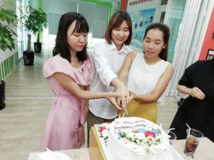 Nhà Đại Phát tổ chức sinh nhật cho nhân viên tháng 5