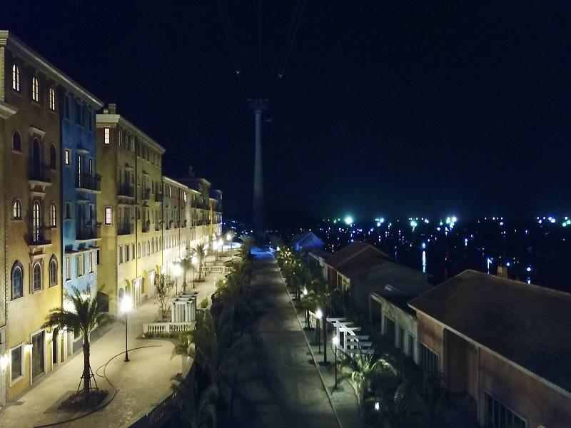 Một thị trấn ven biển lung linh